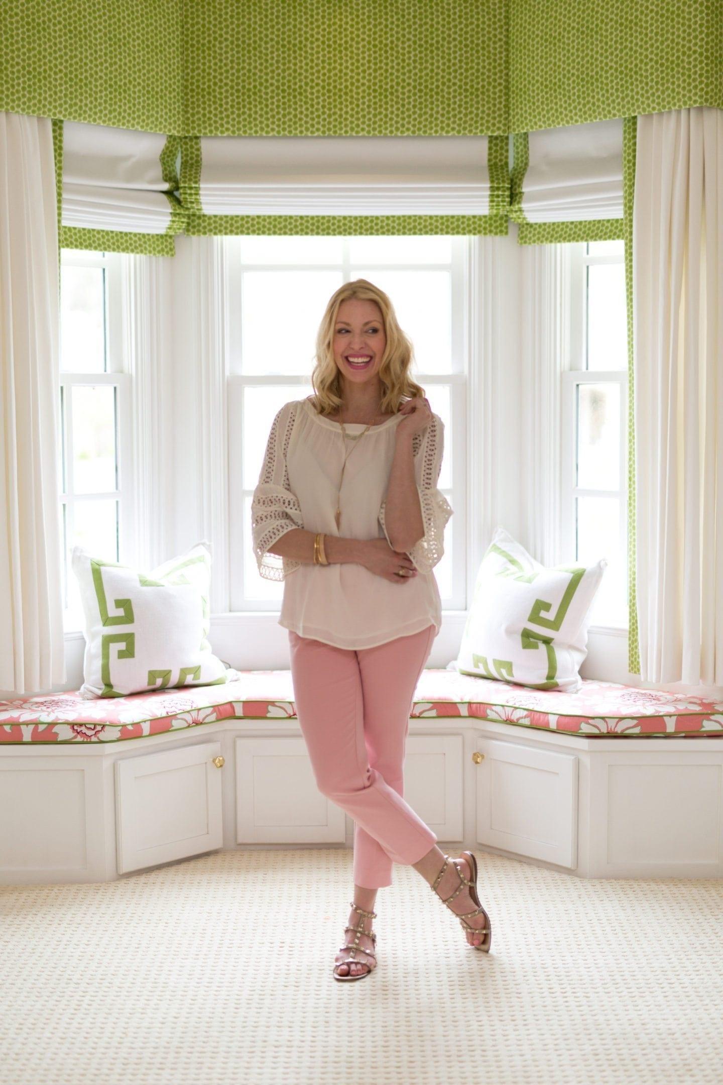 Loft pink pants. Spring pants outfit.
