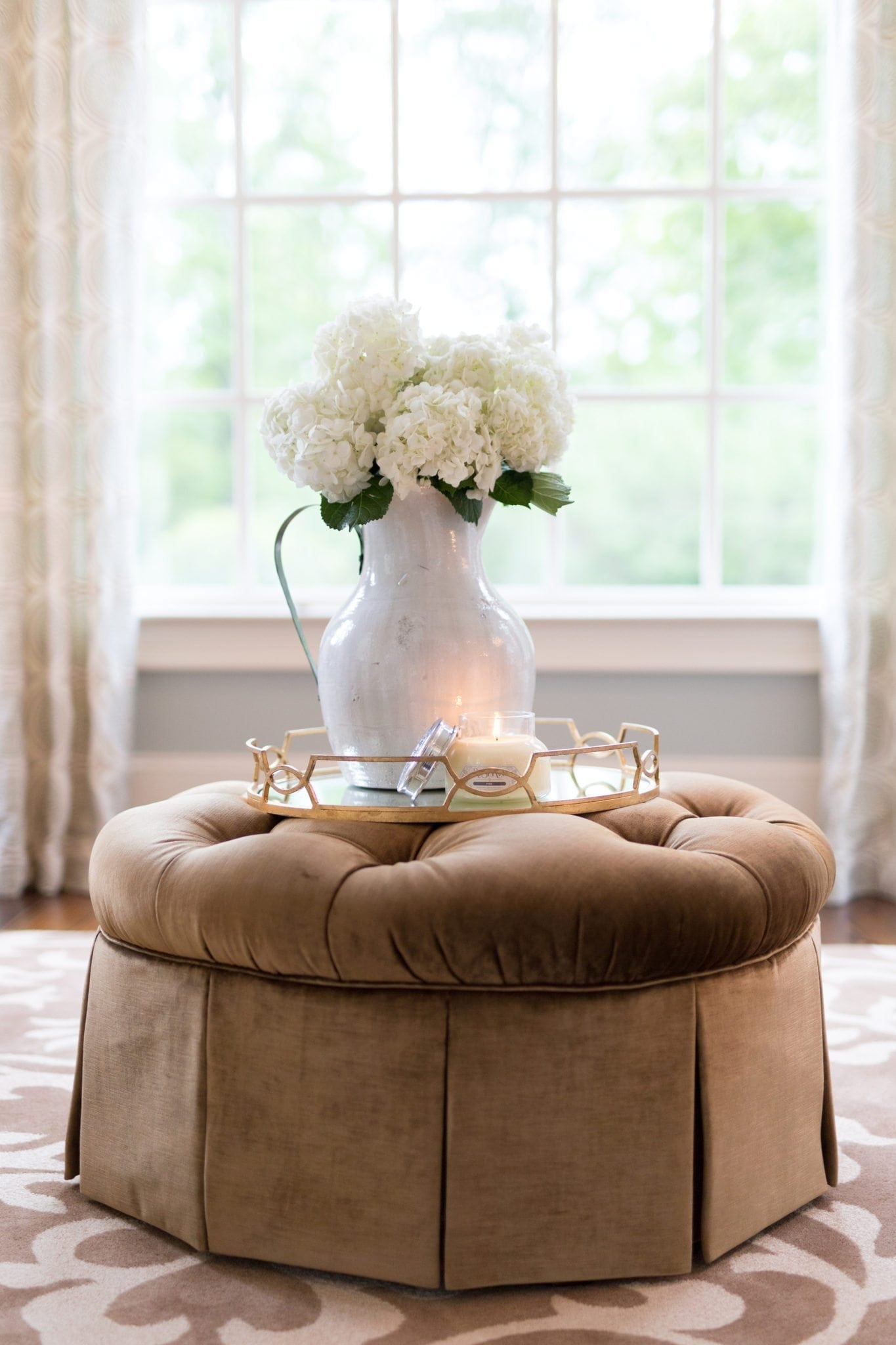 How to keep hydrangeas fresh in a vase longer. Three easy ways to keep your hydrangeas from wilting. Keep them living and looking better longer!