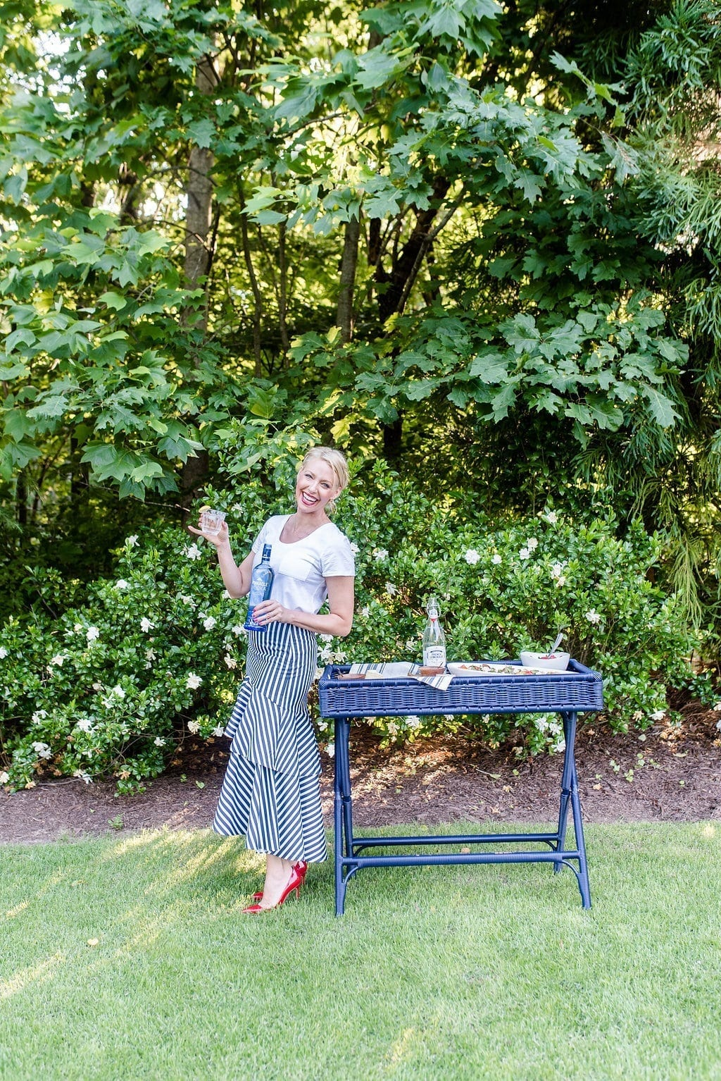 bluegraygal and Pinnacle Vodka. How to host a French inspired party. A beautiful outdoor garden setting for easy get together with friends!