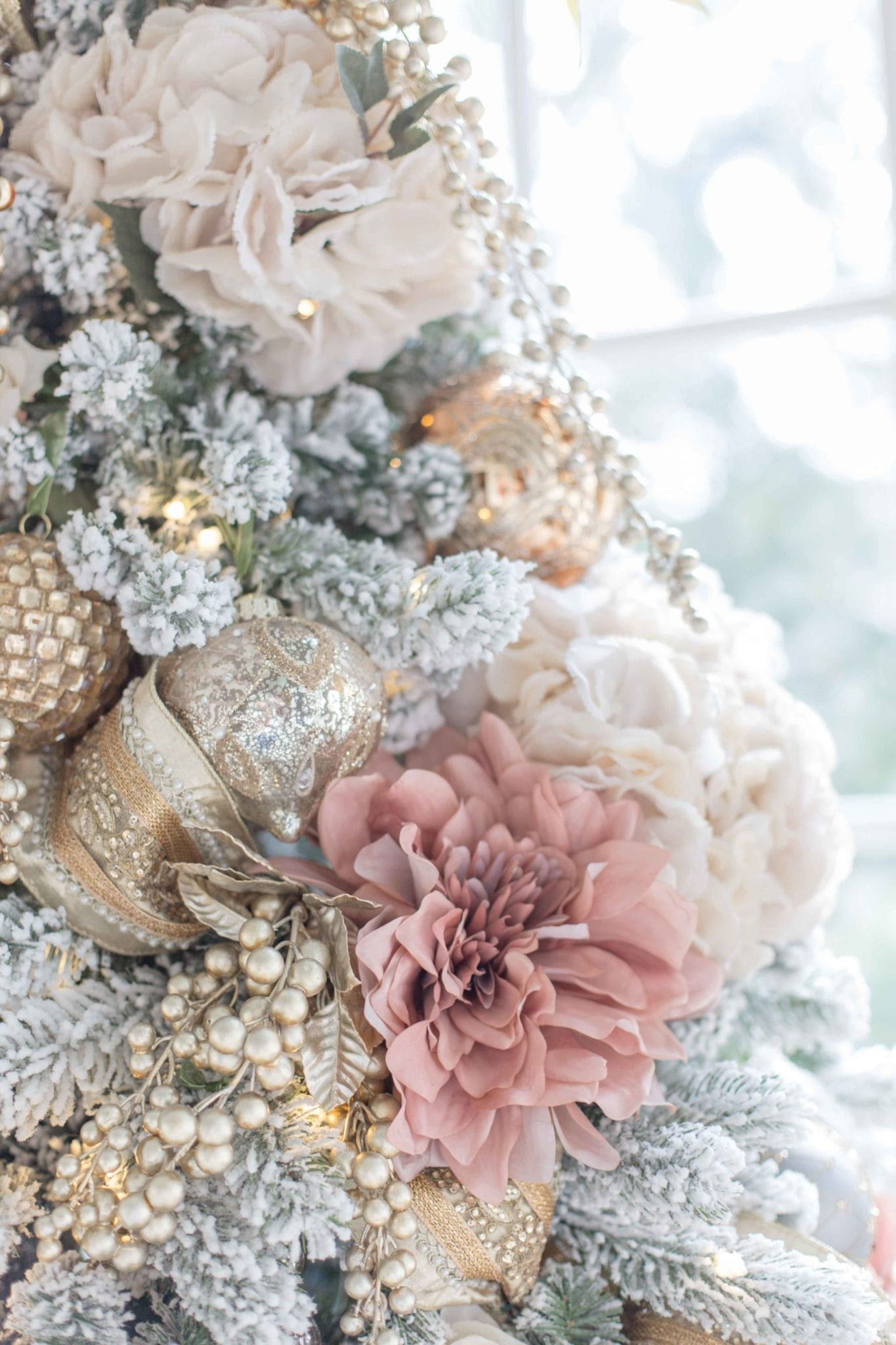Everything You Need To Design A Pink And Gold Christmas Tree Bluegraygal