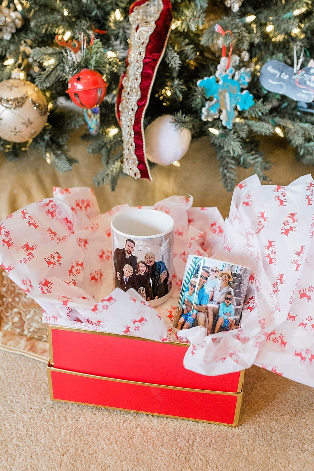 Kodak Moments App for easy gift ideas. Coffee mugs with pictures of the year help you enjoy your photos instead of just having them on your computer!